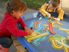 41 Outdoor Art Activities For Kids Learning - Outsideconcept. Physical Activities For Kids, Phonics Activities, Writing Activities, Toddler Activities, Outdoor Activities, Phonics Games, Teaching Phonics, Prek Literacy, Reception Class