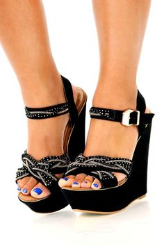 Knot A Bad Thing Wedges: Black.... beautiful!!! #wedges #black