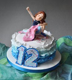 ...y quería ser modista! Una tarta para una joven con las ideas muy claras