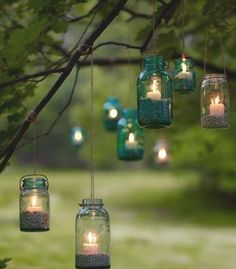 If you plan to picnic in the evening, why not string up some lanterns on trees? #PerfectPicnic