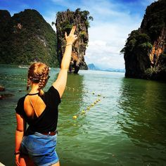 We made it! James Bond Island   Not a man didn't have a golden gun but we improvised     #jamesbond #phangnga #phangnganationalpark #nationalpark #phuket #thailand #jamesbondisland #themanwiththegoldengun #travelgram #instagood #instatravel #girlswhotravel #englishgirlsabroad #travellife #livetotravel #losthombird #sheisnotlost