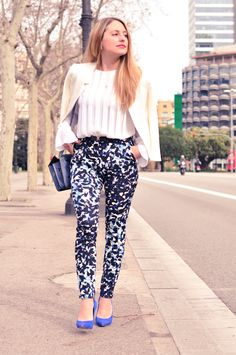 Blue layers: printed pants and winter white