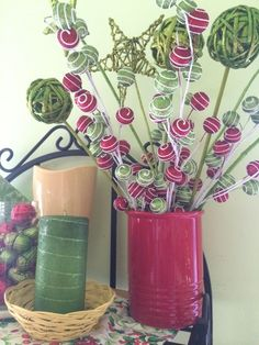 Transform Your Vase for the Holidays - Fresh by FTD [Promotional Pin: FTD Holiday Style Pin to Win Contest -- Enter to Win Flowers for a Year!]
