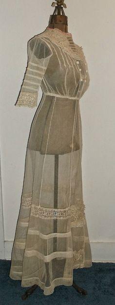 Late Edwardian Summer Dress