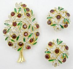 Sphinx Christmas Tree Brooch Set - Garden Party Collection Vintage Jewelry