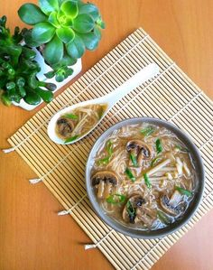 Category archive for Vegetariana. Veggie Recipes, Asian Recipes, Soup Recipes, Vegetarian Recipes, Healthy Recipes, Ethnic Recipes, Sopa Ramen, Mac And Cheese Homemade, Oriental Food