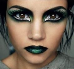 Dark Makeup Looks To Try This Halloween