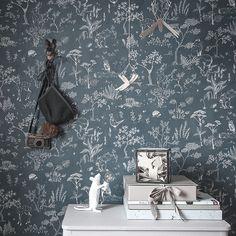 Ten stunning wallpapers for kids More Wallpaper, Wallpaper Online, Wallpaper Samples, Cottage Wallpaper, Stunning Wallpapers, Blue Wallpapers, Kids Collection, Home Interior, Interior Design