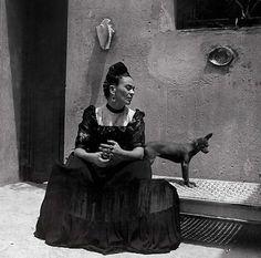 Exposição mostra intimidade de Frida Kahlo