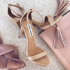 Do you like these shoes? #heels #shoegame #fashion #style