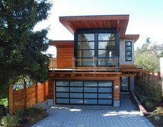 additions midcentury modern | Front view of modern house in 949 Lee st. White Rock, BC, Vancouver