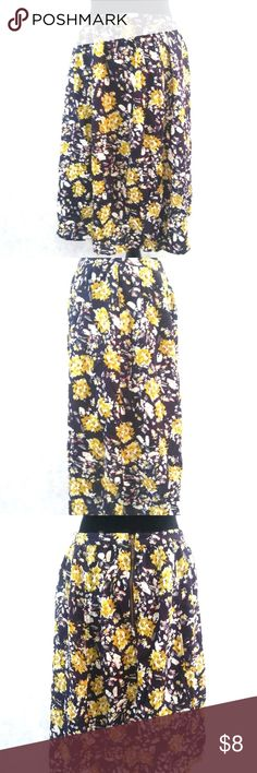 c74e98ed1cd549 Lucca Couture Floral Skirt sz 6 Lucca Couture Women's Floral Knee Length  Skirt Size 6 Double