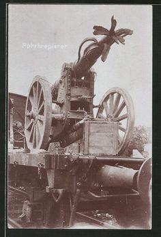 old postcard: Foto-AK Kanone mit Rohrkrepierer auf Eisenbahnwagen