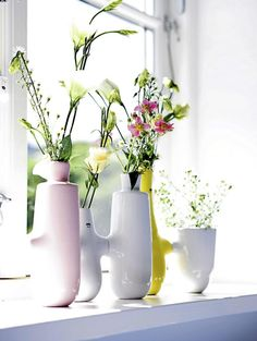 Fiducia vase with flowers