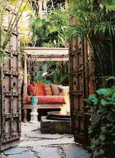courtyard doors & a little tucked away 'grotto' for giggles &/or quick clothing changes ...