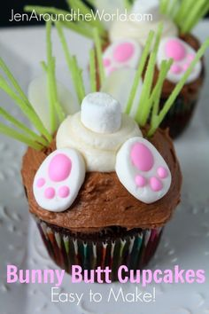 Sharing my easy tutorial today on making these adorable bunny butt cupcakes. Sharing my easy tutorial today on making these adorable bunny butt cupcakes. Easter Cupcakes, Easter Cookies, Easter Treats, Easter Cup Cakes Ideas, Easter Cake Easy, Easter Food, Cupcake Recipes, Cupcake Cakes, Dessert Recipes