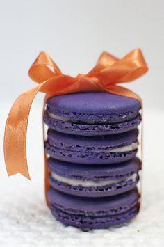 Macarons by Simon Sperling on Purple Yam, Purple Food, Orange And Purple, Shades Of Purple, Orange Color, Orange Style, Pink, Red Yellow Turquoise, Dessert Drinks