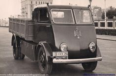 Autarquia electric van, 1940's Barcelona. The closed version was used by Correos (post office)
