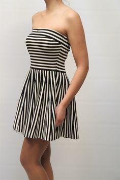 4743eb19e9c5 Elisabetta Franchi   Disponibile sul nostro store!  elisabettafranchi   abito  dress  letichettadicarel