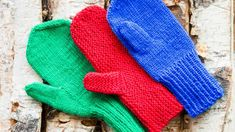 Knitting mittens and their thumbs. Easy Knitting, Knitting Socks, Knit Mittens, Diy Crochet, Handicraft, Fun Projects, Gloves, Textiles, Wool
