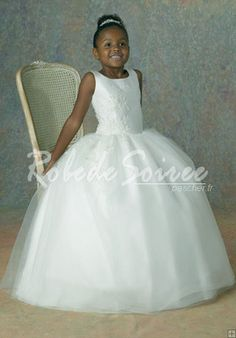 Robe boule blanche fille