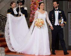 Sofia Helqvist en dentelle Solstiss et le Prince Carl de Suède.