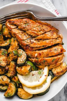 Chicken and Sautéed Lemon Zucchini - - Juicy and flavorful. Asado Chicken and Sautéed Lemon Zucchini - - Juicy and flavorful, this healthy chicken recipe is perfect for summer BBQ, memorial day cookout or any weeknight dinner. Sauteed Zucchini Recipes, Lemon Zucchini, Sauteed Chicken Recipes, Zucchini Salad, Healthy Chicken Dinner, Healthy Chicken Recipes, Cooking Recipes, Dinner Healthy, Healthy Weeknight Dinners
