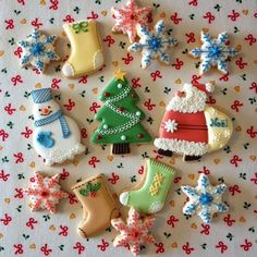 Christmas Cookies~ By アイシングクッキーレッスン&オーダーメイド【fiocco】: Xmasアイシングクッキー, #, stocking, Santa, Christmas Tree, snowflake, snowman, red, green