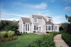 Spectacular beach front cottage in Mashpee(New Seabury) on Cape Cod.