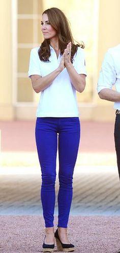Kate Middleton (adoro!) veste-se de forma informal e cômoda mas sem nunca renunciar ao estilo e ao glamour...sem perder a elegância...