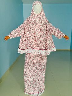 Cost: 31.86$ Check out this item in my Etsy shop https://www.etsy.com/uk/listing/294553003/womens-and-kids-muslim-prayer-clothing