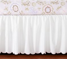 Scallop Crib Skirt... Love this but it's not longer available... Must find equivalent!