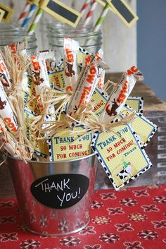 "Tie ""Thank you, come again"" notes to Cow Tales and offer them to your customers. <3  http://store.goetzecandy.com/36ct-vanilla-cow-tales-box-p21.aspx  #diy #candycrafts"