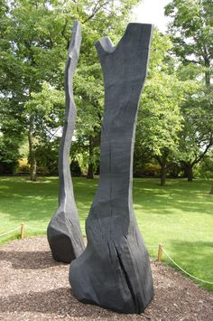 David Nash King And Queen II - Kew Gardens, London