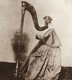 "Miss Horatia Feilding, half sister of W. H. F. Talbot.""Calotype"", cca. 1842"