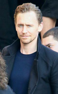 Tom Hiddleston via  HiddlesEyeCandy  Dear Lord.