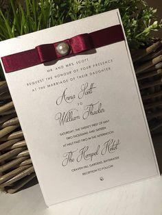 Rojo de invitación de la boda / invitación de por AMomentofMagic
