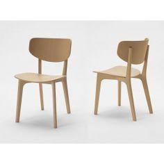 Roundish chair