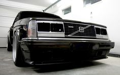 240 Look'n black and nasty Volvo Wagon, Volvo Cars, Alfa Romeo, Car Workshop, Volvo 240, Reliable Cars, Retro Cars, Cool Cars, Dream Cars