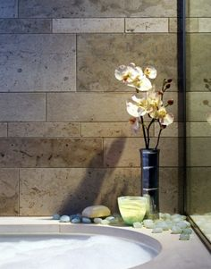 tile layout idea for all walls but stove wall (in a gray and white marble type type) Backsplash? Bathroom Renos, Bathroom Ideas, Zen Bathroom, Bathroom Modern, Design Bathroom, Simple Bathroom, Beautiful Bathrooms, Bathroom Interior, Bathtub Tile