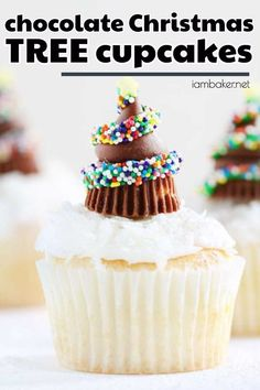 16cfe3f0327cea Want some fun and easy Christmas desserts  Make these Chocolate Christmas  Tree Cupcakes. These