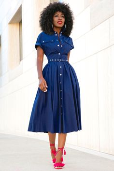 Denim is a fashion trend for women this year ❤ Looking for a favorite denim dress? ❤ But do you know how to wear denim dresses? Modest Outfits, Modest Fashion, Fashion Outfits, Cute Dresses, Summer Dresses, Style Pantry, Church Outfits, The Dress, African Fashion