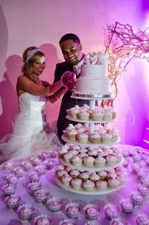 Such a great way to save money on a huge cake but still have a big look. For even better saving have a family member or friend you trust bake cupcakes for you as a gift and just pay baker for two tier topper portion.
