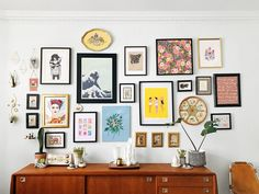11 Easy Ways To Put Together A Gallery Wall - gallery wall ideas - gallery wall- an assortment of art and objects hang on a wall above a sideboard - Inspiration Wand, Living Room Decor, Bedroom Decor, Living Room Walls, Wall Art Bedroom, Design Bedroom, Living Spaces, Interior Design, Gallery Walls