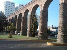 Acueducto en Providencia Guadalajara Mexico