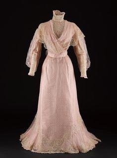 5e15a8049d84 9 nejlepších obrázků z nástěnky Dámské šaty v eshopu Alionline ...