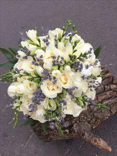 Church Flowers, Floral Wreath, Wreaths, Home Decor, Floral Arrangements, Floral Crown, Decoration Home, Door Wreaths, Room Decor