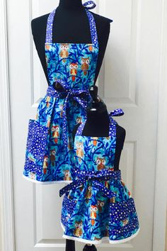 Owls Mommy and Me Retro Apron Set  Owls on Sapphire Blue with