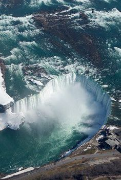 Would you take a helicopter ride over Niagra Falls? #Canada #Travel #GoTravel #Vacation