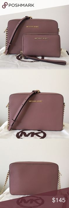 7fc6d3ad48 Michael Kors Large Crossbody With Matching Wallet Beautiful dusty rose  color with gold detailing. Both